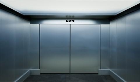 sonhar com elevador