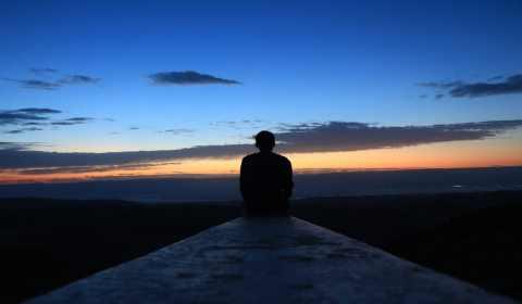 rituais da lua cheia para encontrar paz interior