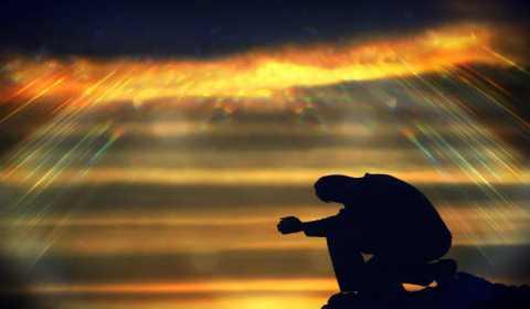 Oração pela ajuda de Deus no pagamento de contas